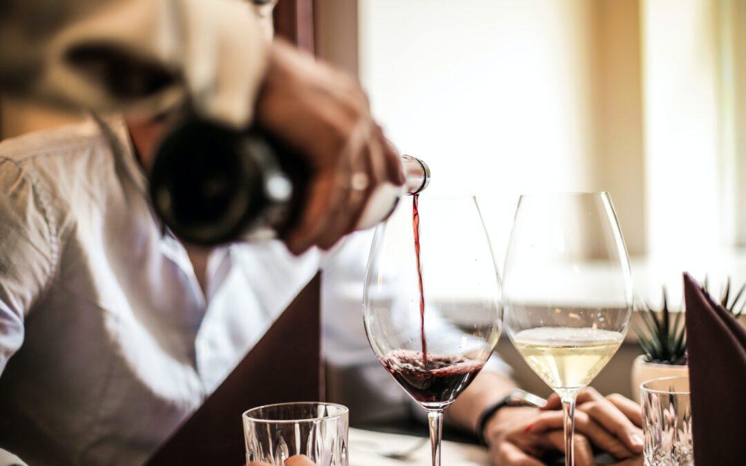 De verschillen tussen wit, rood, zoet en droge wijn